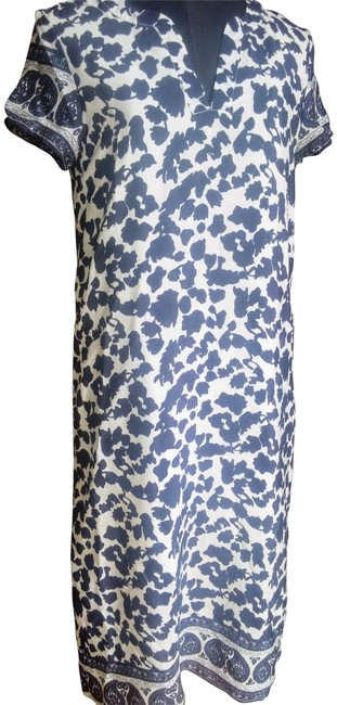 Preload https://img-static.tradesy.com/item/23357087/navy-and-white-floral-silk-mid-length-workoffice-dress-size-4-s-0-1-650-650.jpg