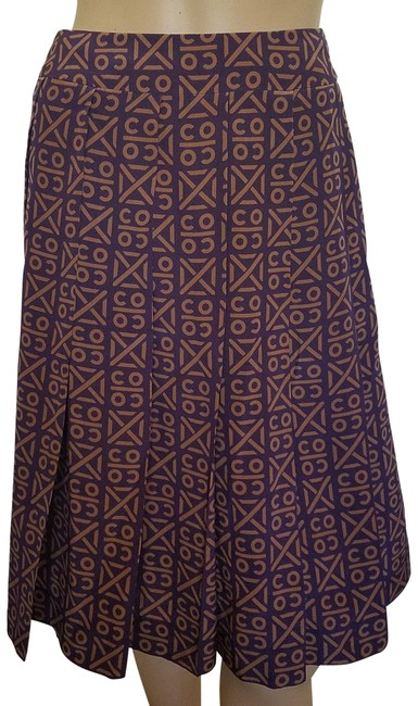 Chanel Purple Beige Tan Coco Print Silk Pleated A-line Skirt Size 4 (S, 27) Chanel Purple Beige Tan Coco Print Silk Pleated A-line Skirt Size 4 (S, 27) Image 1
