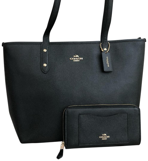 Preload https://img-static.tradesy.com/item/23358180/coach-city-zip-in-crossgrain-f58846-and-wallet-black-leather-tote-0-1-540-540.jpg