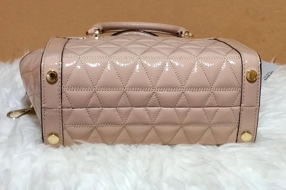 Michael Kors Vivianne Quilted Medium Shoulder Beige Leather ... 374b94d564b12