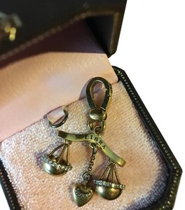 Juicy Couture EUC! JUICY COUTURE SUPER RARE ZODIAC LIBRA SCALES CHARM!!