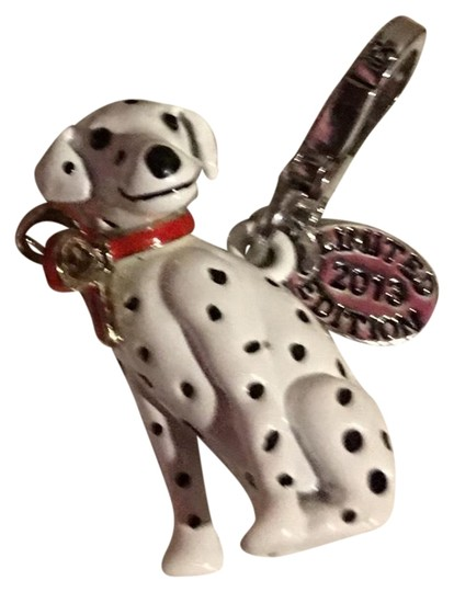 Preload https://img-static.tradesy.com/item/23359079/juicy-couture-silver-super-rare-2014-limited-edition-darling-dalmatian-dog-charm-0-1-540-540.jpg