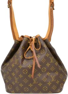 bfab5d47263f Louis Vuitton Noé Bucket Bags- Up to 70% off at Tradesy