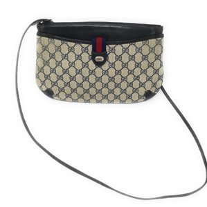 bc420ef98c9579 Gucci Bags on Sale - Up to 70% off at Tradesy