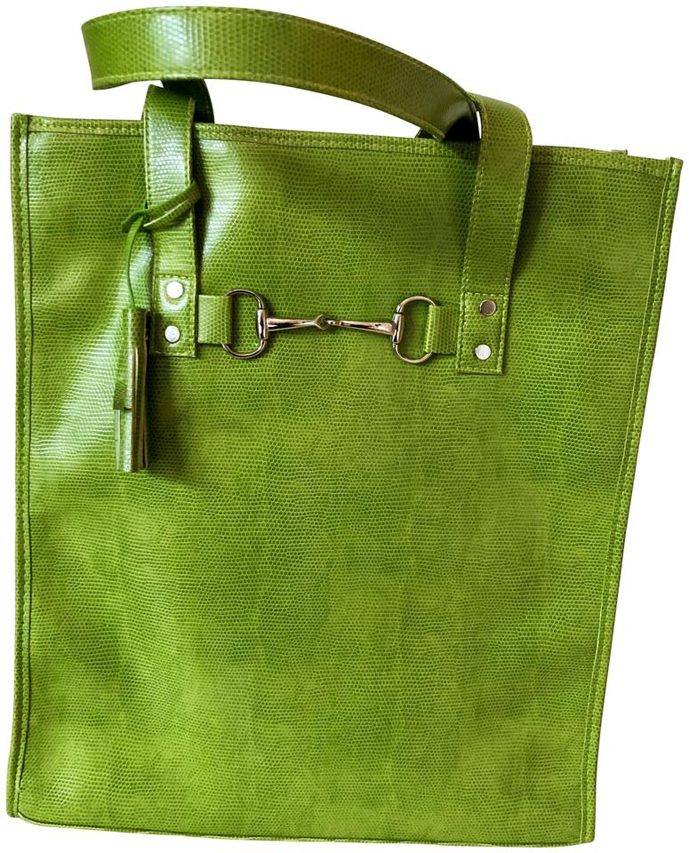 Toss Leather Lightweight Tote In Lime Green