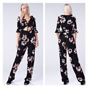Honey Punch Top black and floral