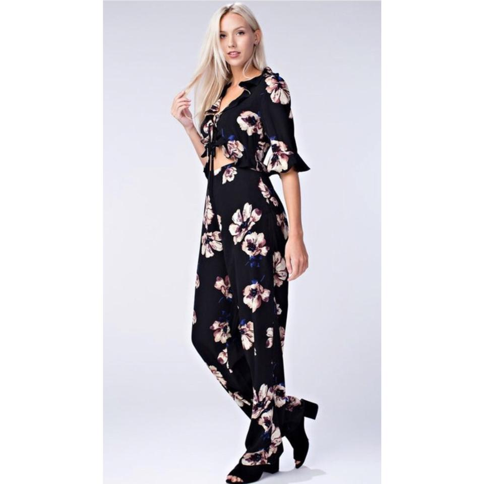 a9ddc2e1797 Honey Punch Black and Floral Print Cut Out Jumpsuit Blouse Size 4 (S) -  Tradesy