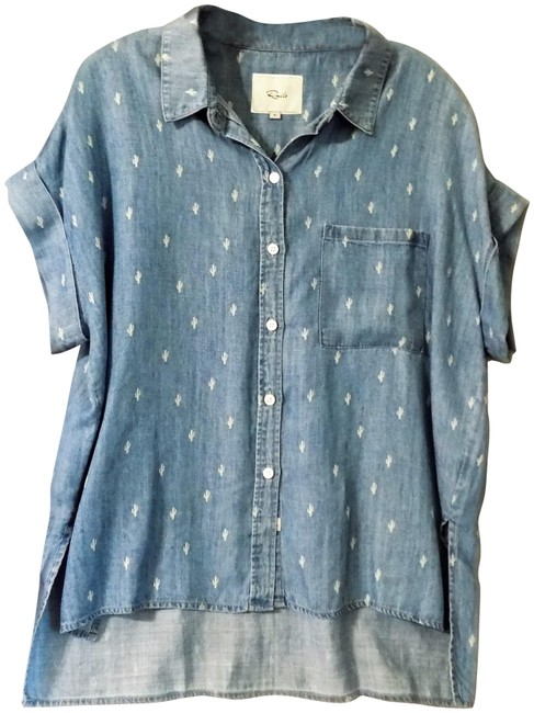 Preload https://img-static.tradesy.com/item/23361714/rails-blue-5604-401-037-whitney-denium-cactus-button-down-top-size-8-m-0-1-650-650.jpg