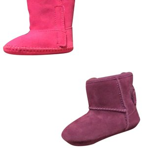 20d51ac9d68 Purple UGG Australia Boots & Booties Up to 90% off at Tradesy