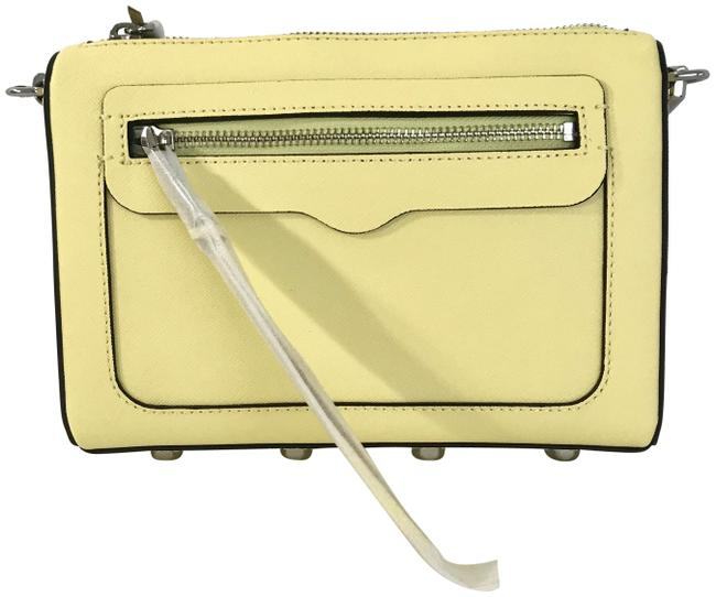 Item - Avery Exclusive Soft Yellow / Silver Leather Cross Body Bag