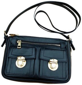 Marc Jacobs Classic Casual Luxury Preppy Vacation Cross Body Bag