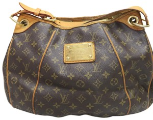 Louis Vuitton Lv Galliera Mm Hobo Bag