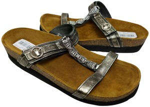 Naot pewter metallic Sandals