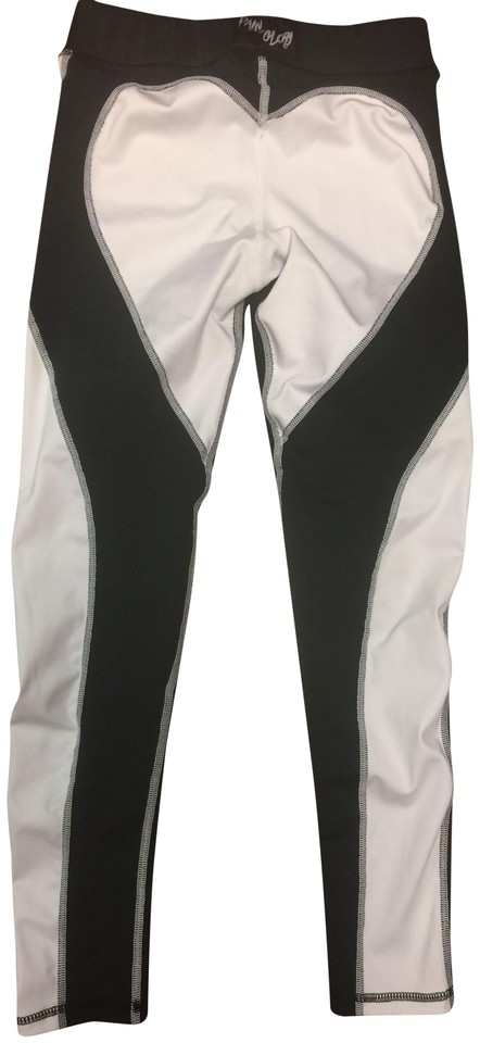 2c6ad644657cc Black and White Heart Shaped Activewear Bottoms Size 4 (S, 27) - Tradesy
