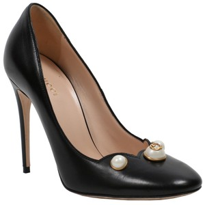 Gucci Gg Logo Pearl Black Pumps