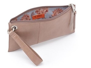 Hobo International Wristlet in Ash