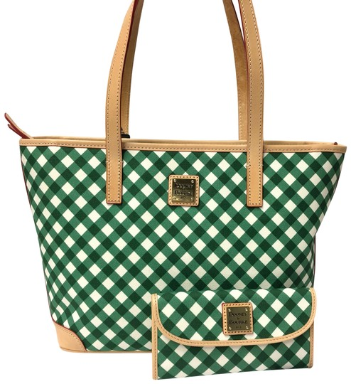 Preload https://item3.tradesy.com/images/dooney-and-bourke-charleston-shopper-wallet-set-green-gingham-coated-canvas-leather-tote-23366372-0-1.jpg?width=440&height=440