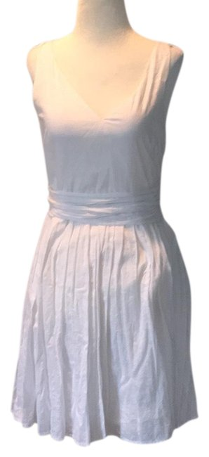 Preload https://item1.tradesy.com/images/jcrew-white-lined-zip-v-neck-short-casual-dress-size-2-xs-23366380-0-1.jpg?width=400&height=650