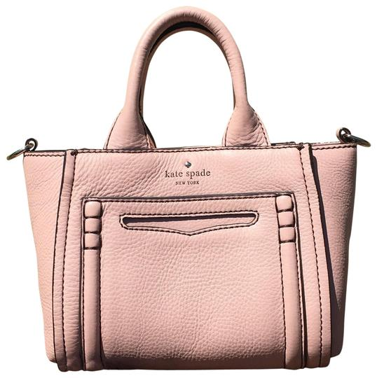 Preload https://item2.tradesy.com/images/kate-spade-claremont-drive-liana-tote-in-champagne-pink-leather-cross-body-bag-23366426-0-1.jpg?width=440&height=440