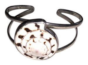 Local Charm sterling silver shell cuff