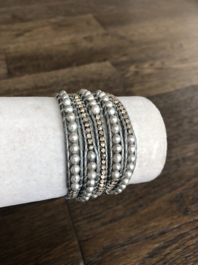 Chan Luu New Auth Chan Luu Grey Pearl Mix Five Wrap Bracelet on Silver Leather