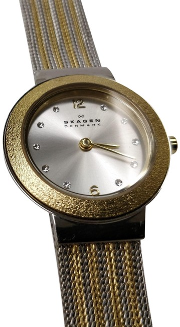Item - Silver/Gold Skw2157 Two Tone Mesh Strap Ladies Watch/B703 Watch