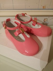 Gucci Blush Pink New Kids Patent T-strap 24 Us 8 285312 Shoes