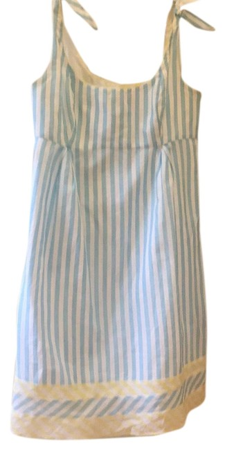 Preload https://item2.tradesy.com/images/lilly-pulitzer-light-blue-white-with-a-bit-of-yellow-trim-mid-length-short-casual-dress-size-6-s-23366931-0-1.jpg?width=400&height=650