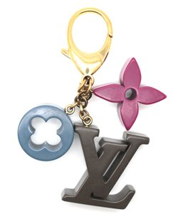 Louis Vuitton Monogram Key Ring LV flowers logo Chain Holder Charm