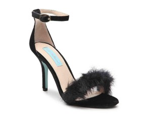 Betsey Johnson Faux Fur Black Sandals