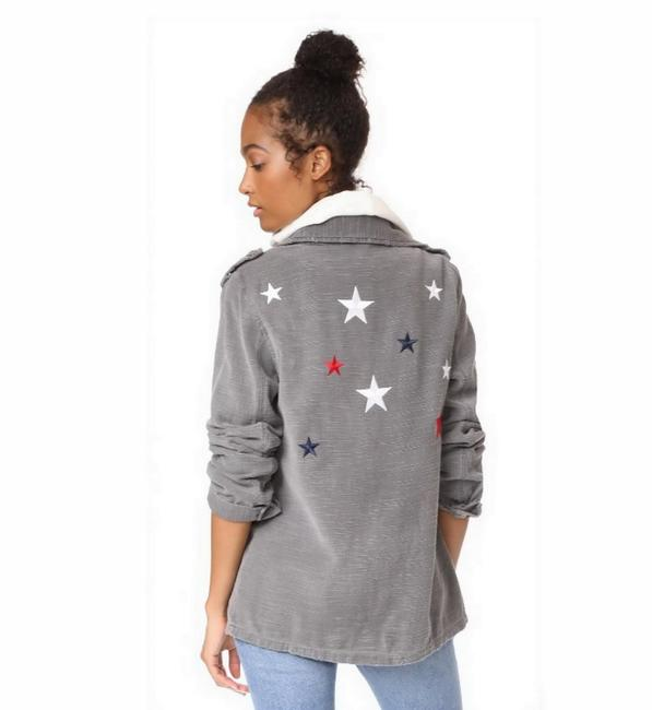 Preload https://img-static.tradesy.com/item/23367057/sundry-grey-star-patch-jacket-size-4-s-0-0-650-650.jpg