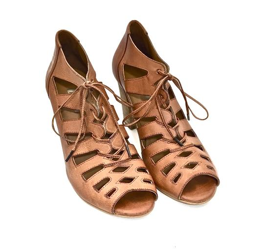 Paul Green Leather Lace Up Cut-out Light Brown / Carmel Boots