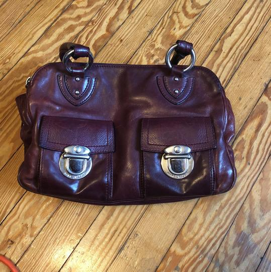 Preload https://img-static.tradesy.com/item/23367193/marc-by-marc-jacobs-burgundy-with-silver-hardware-genuine-leather-satchel-0-0-540-540.jpg