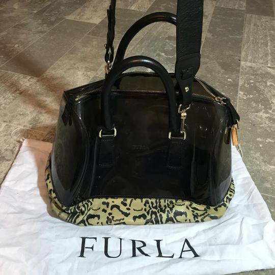 Preload https://img-static.tradesy.com/item/23367212/furla-new-candy-leopard-printcoffeeblack-transparent-tote-black-leather-and-pvc-satchel-0-0-540-540.jpg