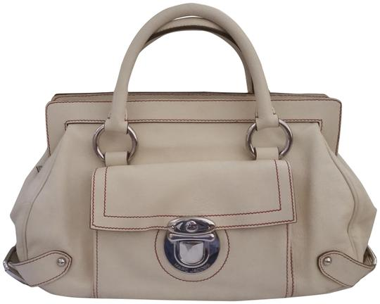 Preload https://item1.tradesy.com/images/marc-jacobs-cream-with-red-stitching-leather-satchel-23367230-0-1.jpg?width=440&height=440