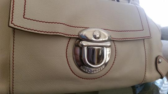 Marc Jacobs Very Luxurious Used Once Satchel in CREAM WITH RED STITCHING