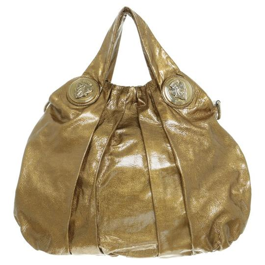 Preload https://item4.tradesy.com/images/gucci-hysteria-metallic-gold-patent-leather-shoulder-bag-23367488-0-0.jpg?width=440&height=440
