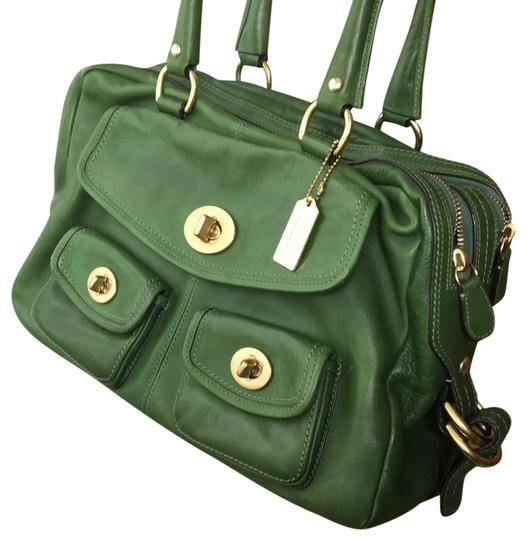 Preload https://item1.tradesy.com/images/coach-legacy-collection-green-vachetta-leather-shoulder-bag-23367620-0-1.jpg?width=440&height=440