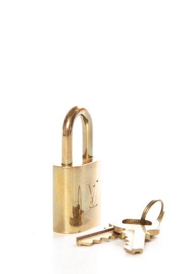 Louis Vuitton LV Engraved Brass Lock & Key DESIGNERLouis Vuitton