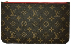Louis Vuitton Neverfull Neverfull Pouch Monogram Neverfull Wristlet in Red Interior