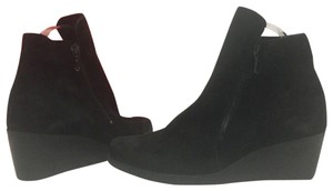 Arche Wedge Heel Comfort Ankle Black Suede Boots