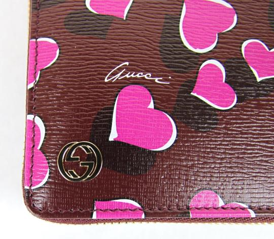 Gucci Gucci Heartbeat Print Leather Zip Around Clutch Wallet 309705 5009