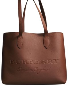 Burberry Tote in Chestnut Brown