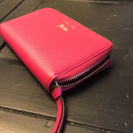 Gucci Gucci hot pink leather wallet