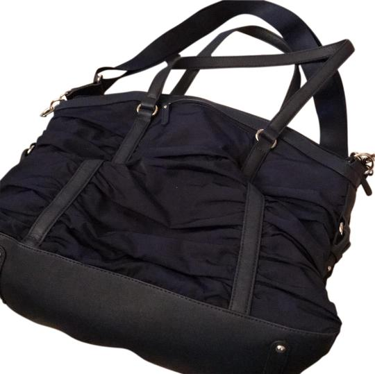 Preload https://img-static.tradesy.com/item/23368610/navy-nylon-diaper-bag-0-1-540-540.jpg