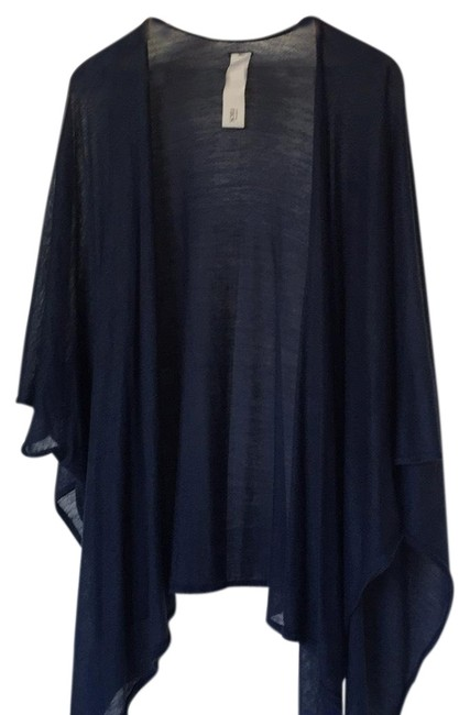 Preload https://img-static.tradesy.com/item/23368847/blue-and-black-ponchocape-size-os-one-size-0-1-650-650.jpg
