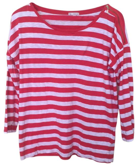 Preload https://img-static.tradesy.com/item/23368889/gap-red-and-white-medium-tee-shirt-size-8-m-0-1-650-650.jpg