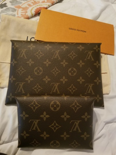 Louis Vuitton Multi Clutch