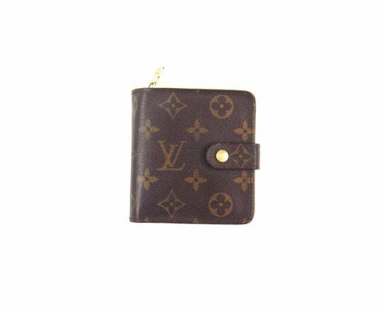 Preload https://img-static.tradesy.com/item/23369316/louis-vuitton-brown-zippy-compact-clutch-monogram-canvas-leather-wallet-0-0-540-540.jpg