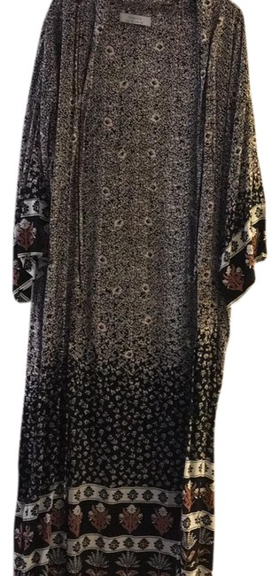 Preload https://img-static.tradesy.com/item/23369391/mixed-floral-duster-cardigan-size-4-s-0-1-650-650.jpg